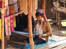Donna della tribù di Padaung Immagine Stock