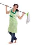 Donna delle pulizie allegra sopra bianco Fotografia Stock Libera da Diritti