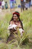 Donna delle tribù di Dani al festival annuale della valle di Baliem immagine stock libera da diritti