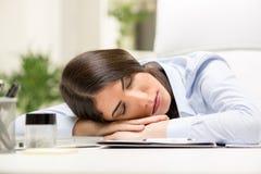 Donna di affari addormentata Immagini Stock