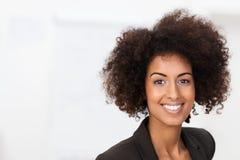 Donna di affari afroamericana vivace Fotografia Stock