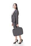 Donna di affari asiatica sicura immagine stock libera da diritti
