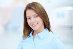 Donna di affari astuta Fotografie Stock Libere da Diritti