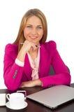 Donna di affari attraente che tiene una penna fotografia stock