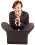 Donna di affari attraente con il calcolatore Fotografia Stock Libera da Diritti