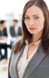 Donna di affari carismatica nella priorità alta Fotografia Stock