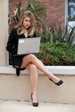 Donna di affari caucasica abbastanza bionda Immagine Stock Libera da Diritti