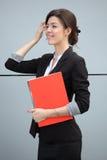Donna di affari che prepara per la riunione Fotografie Stock Libere da Diritti