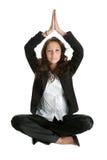 Donna di affari che si siede nella posizione del fiore di loto Fotografia Stock Libera da Diritti