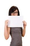 Donna di affari che tiene scheda in bianco fotografia stock