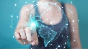 Donna di affari che usando la rappresentazione dell'interfaccia 3D della mappa di mondo di U.S.A. Fotografie Stock Libere da Diritti