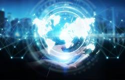 Donna di affari che usando la rappresentazione digitale dell'interfaccia 3D della mappa di mondo Fotografia Stock