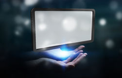 Donna di affari che usando la rappresentazione digitale della compressa 3D degli schermi Immagini Stock