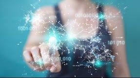 Donna di affari che usando la rete digitale 3D del collegamento di codice binario con riferimento a Fotografie Stock Libere da Diritti