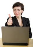 Donna di affari con i pollici in su. Immagine Stock