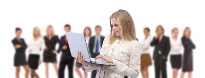 Donna di affari con il computer portatile Immagini Stock Libere da Diritti