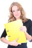 Donna di affari con il dispositivo di piegatura giallo Fotografie Stock Libere da Diritti