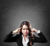 Donna di affari con il fronte serio Immagini Stock