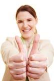 Donna di affari con il pollice due in su Immagini Stock