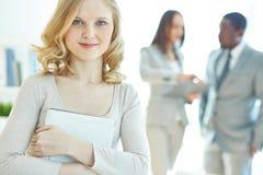 Donna di affari con il touchpad Immagine Stock Libera da Diritti