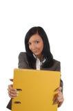 Donna di affari con l'archivio giallo Fotografia Stock Libera da Diritti