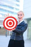 Donna di affari con l'obiettivo Immagini Stock