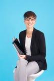 Donna di affari con la compressa digitale immagine stock libera da diritti