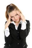 Donna di affari con la forte emicrania fotografia stock