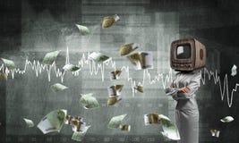 Donna di affari con la vecchia TV invece della testa Immagine Stock Libera da Diritti