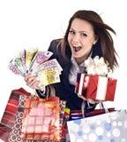 Donna di affari con soldi, andbag del contenitore di regalo. Fotografie Stock