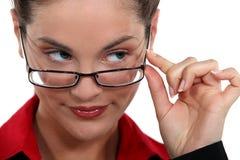 Donna di affari con uno sguardo impertinente Immagine Stock Libera da Diritti
