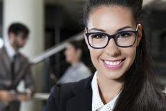 Donna di affari di sorriso Immagini Stock