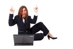 Donna di affari divertente con il PC immagini stock libere da diritti