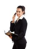 Donna di affari felice che invita telefono isolato Fotografie Stock