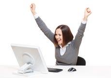 Donna di affari felice che osserva nel video Fotografie Stock