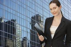 Donna di affari With Folder fotografia stock