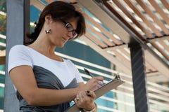 donna di affari moderna immagini stock libere da diritti