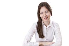 Donna di affari nel sorridere bianco della camicia Fotografie Stock Libere da Diritti
