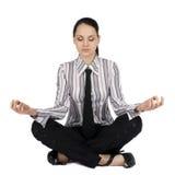 Donna di affari nella meditazione Immagine Stock