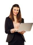 Donna di affari sicura Browsing il web fotografie stock