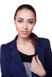 Donna di affari in un vestito nero, isolato su fondo bianco Fotografia Stock