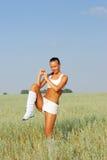 Donna di allenamento e di forma fisica Fotografia Stock