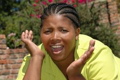 donna di colore che gingering in su   Fotografia Stock Libera da Diritti
