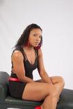 Donna di colore graziosa in blusa del lblack Immagini Stock Libere da Diritti