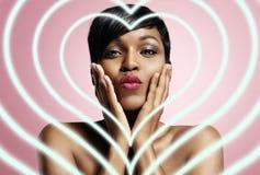 Donna di colore nell'amore Fotografie Stock