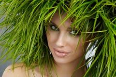 Donna di ecologia, concetto verde fotografie stock libere da diritti