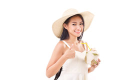 Donna di estate che dà pollice su Fotografia Stock Libera da Diritti