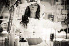 Donna di estate nel bw Fotografie Stock