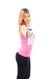 Donna di forma fisica con la bottiglia di acqua fotografia stock libera da diritti