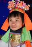 Donna di Kayan con le bobine del collo Immagine Stock Libera da Diritti